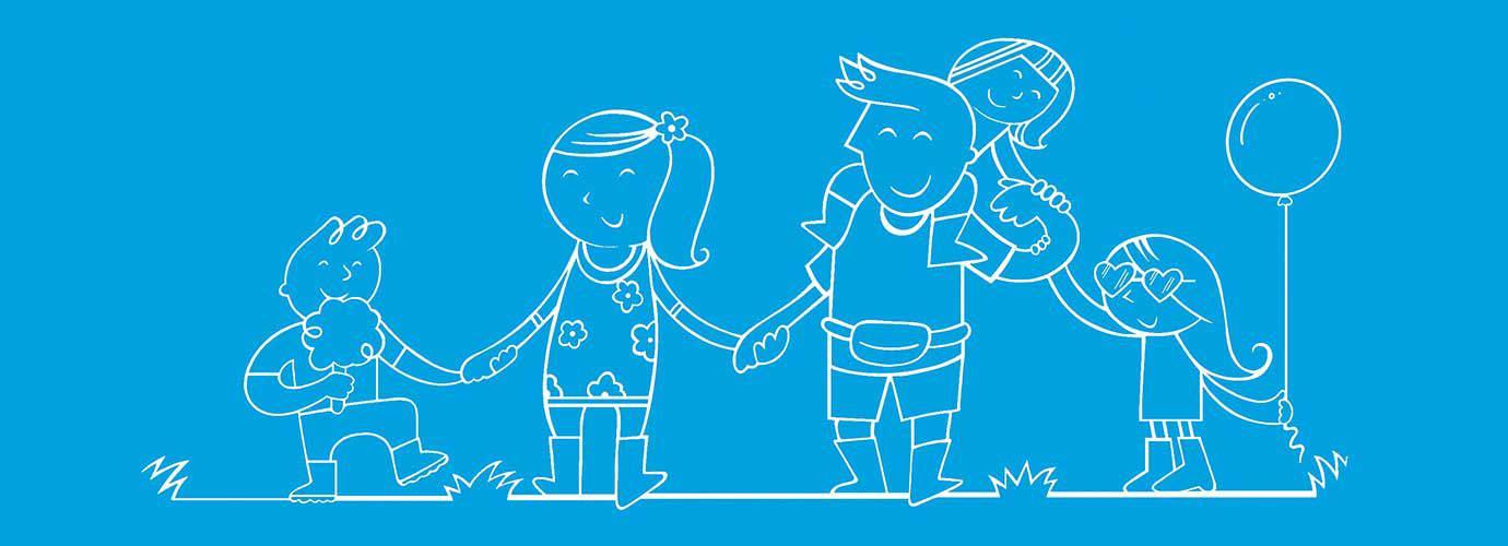 Famille dans une festival qui se tient la main et a un ballon et des barbes à papa